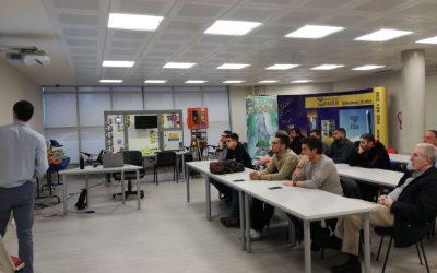 """""""Clase Magistral"""" sobre ascensores a los alumnos de Formación El Pilar"""
